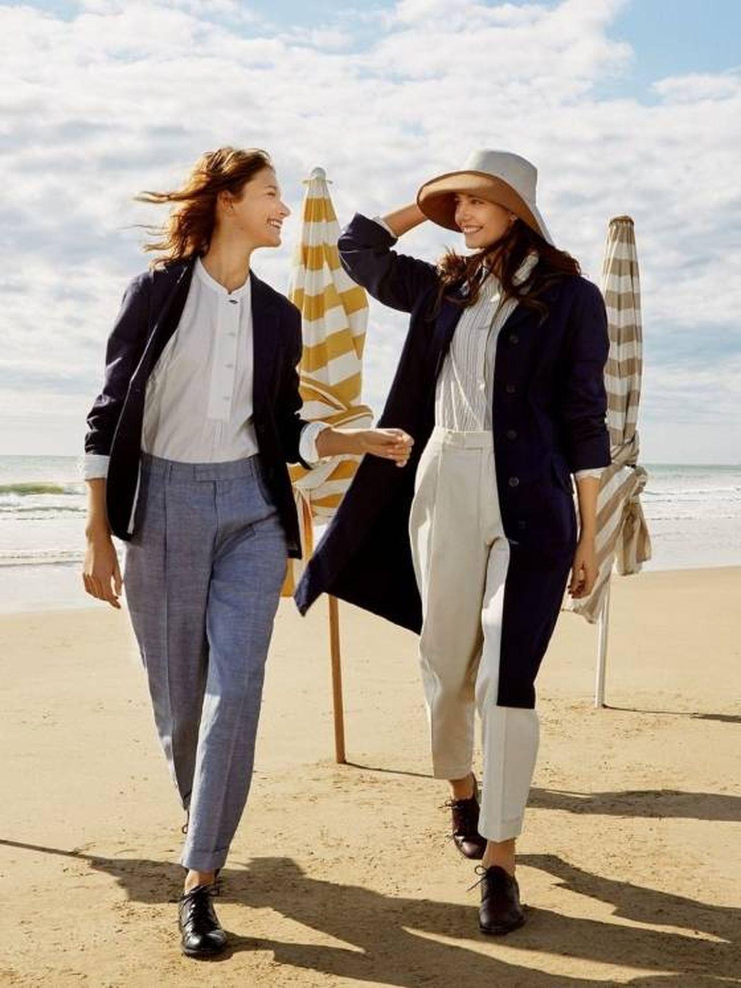 El pantalón que tiene Eugenia Silva en la nueva campaña de Uniqlo. (Cortesía)