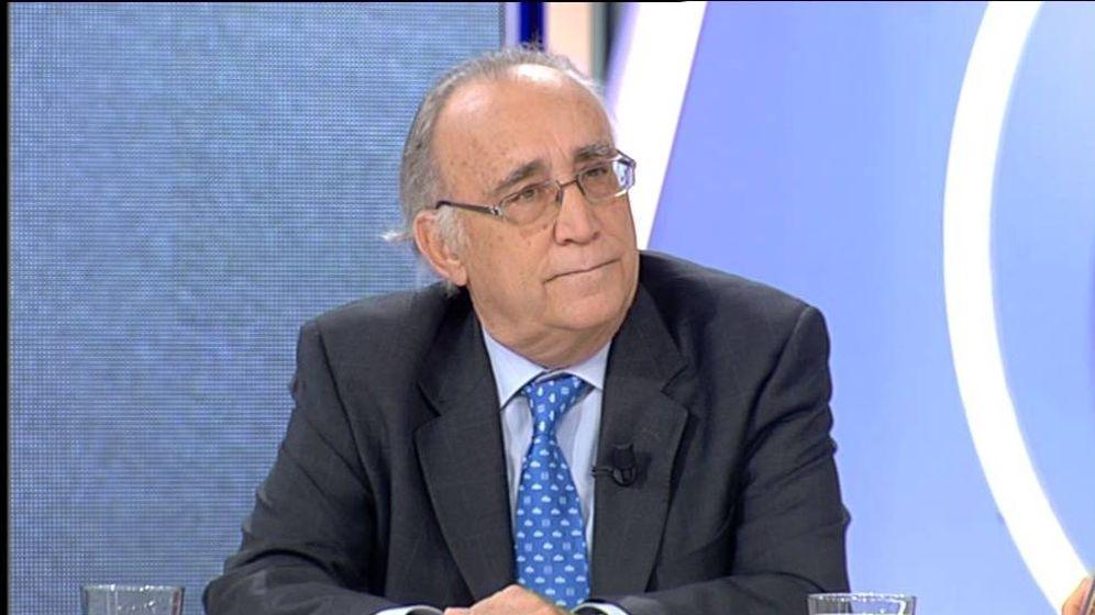 Foto: El doctor Manuel Miras Estacio, en una entrevista en Antena 3. (YouTube)