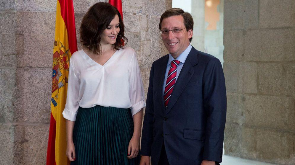 Foto: La presidenta de la Comunidad de Madrid, Isabel Díaz Ayuso y el alcalde de Madrid, José Luis Martínez-Almeida. (EFE)