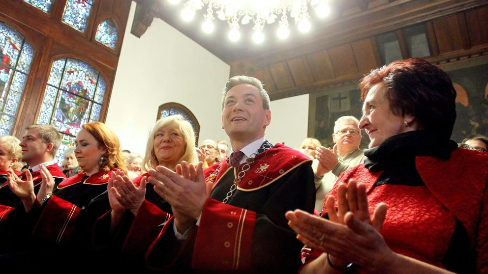 ¿Quién teme a Robert Biedron? El alcalde ateo y gay que quiere presidir Polonia