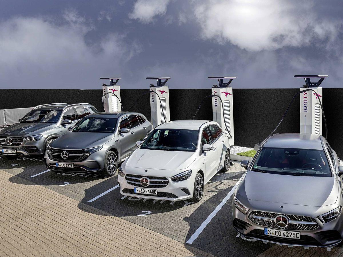 Foto: Mercedes ofrece la gama más completa de vehículos híbridos enchufables en el mercado.