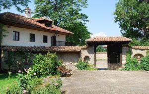 Simeón de Bulgaria saca a subasta una de sus villas por falta de liquidez