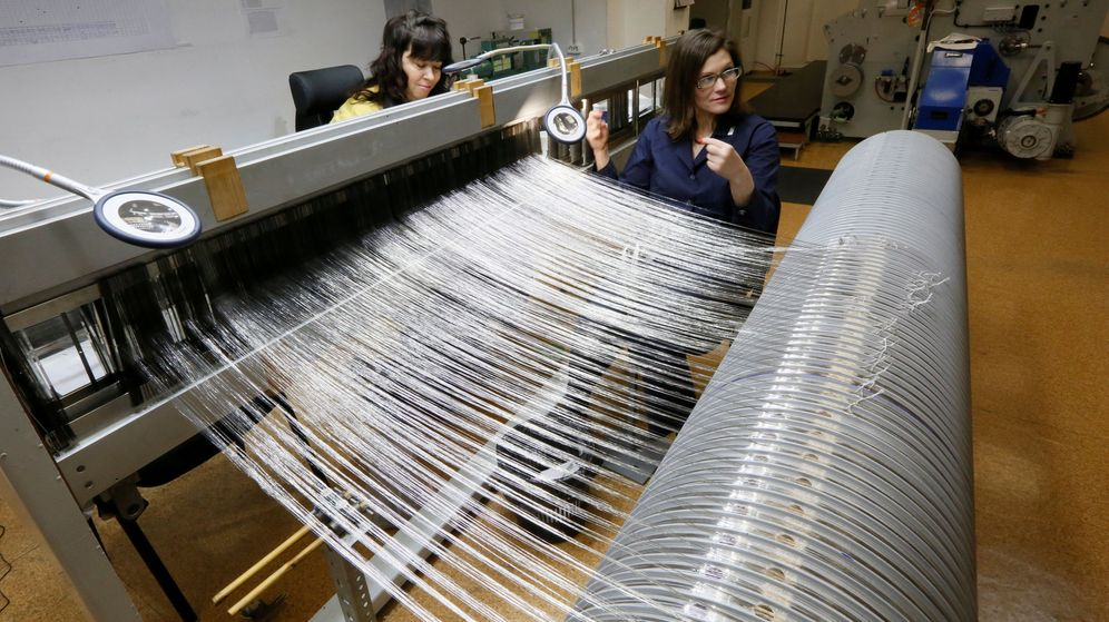 Foto: Trabajos con rodio y paladio en una planta férrica en Rusia. (Reuters)