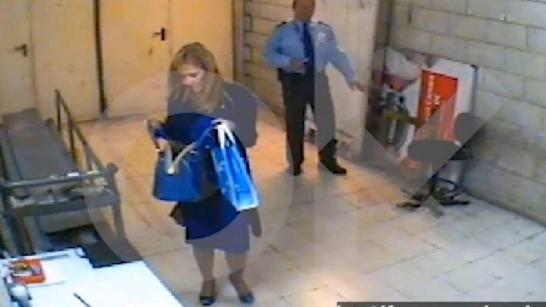 Multa de 150.000 euros a Eroski por el vídeo del presunto hurto de Cifuentes