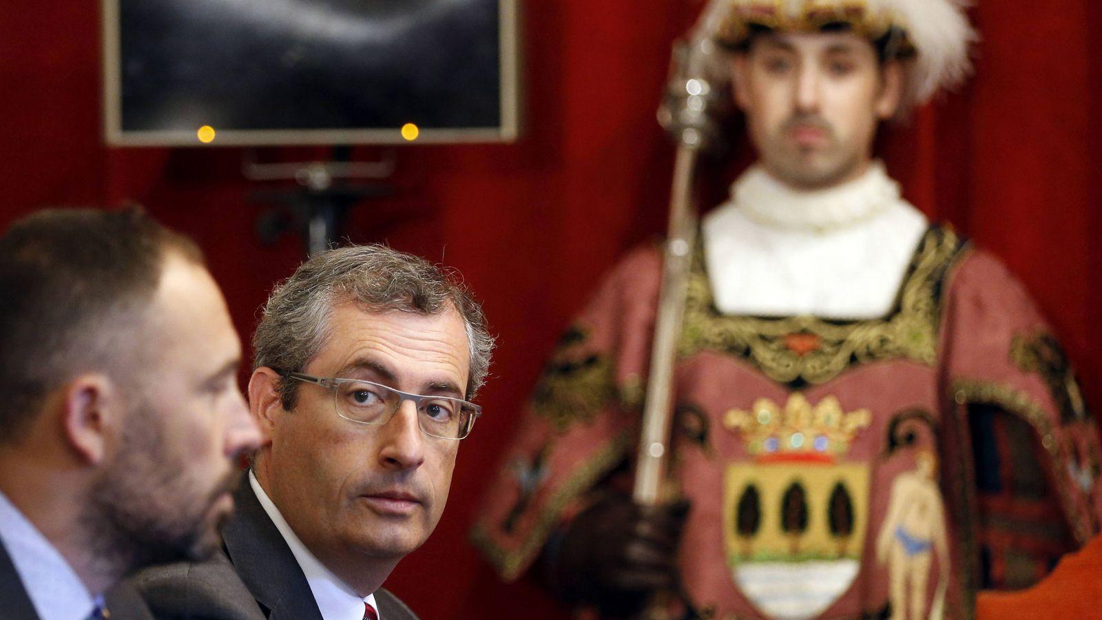 Foto: El diputado general de Gipúzcoa, Markel Olano (2i). (EFE)