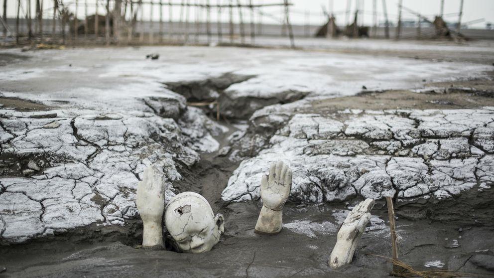 Viaje a la 'Pompeya de Indonesia': el volcán de barro que se tragó 12 pueblos