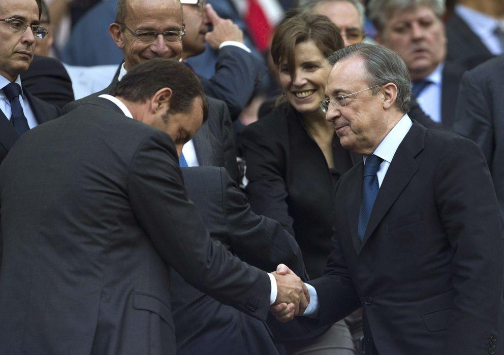 Foto: Sandro Rosell y Florentino Pérez en el Palco del Camp Nou (Cordonpress).