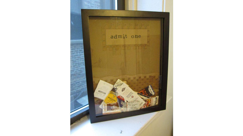 San valentn los mejores regalos do it yourself para san valentn caja de recuerdos tquets de cine tarjetas de restaurantes donde habis estado solutioingenieria Choice Image
