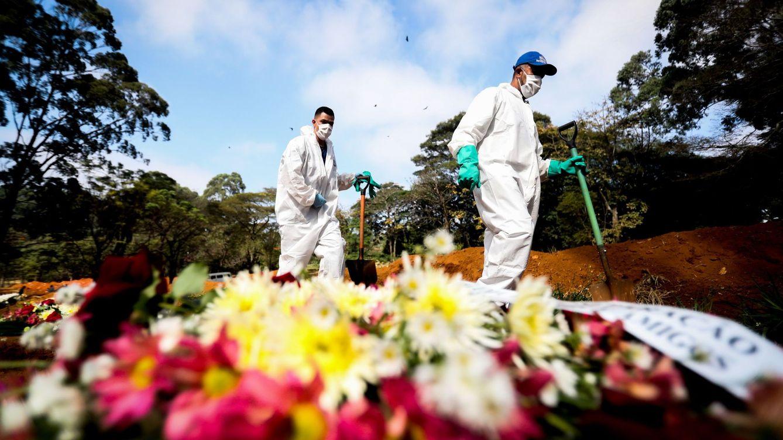 Brasil supera las 1.000 muertes diarias y es ya el tercer país con más casos de covid