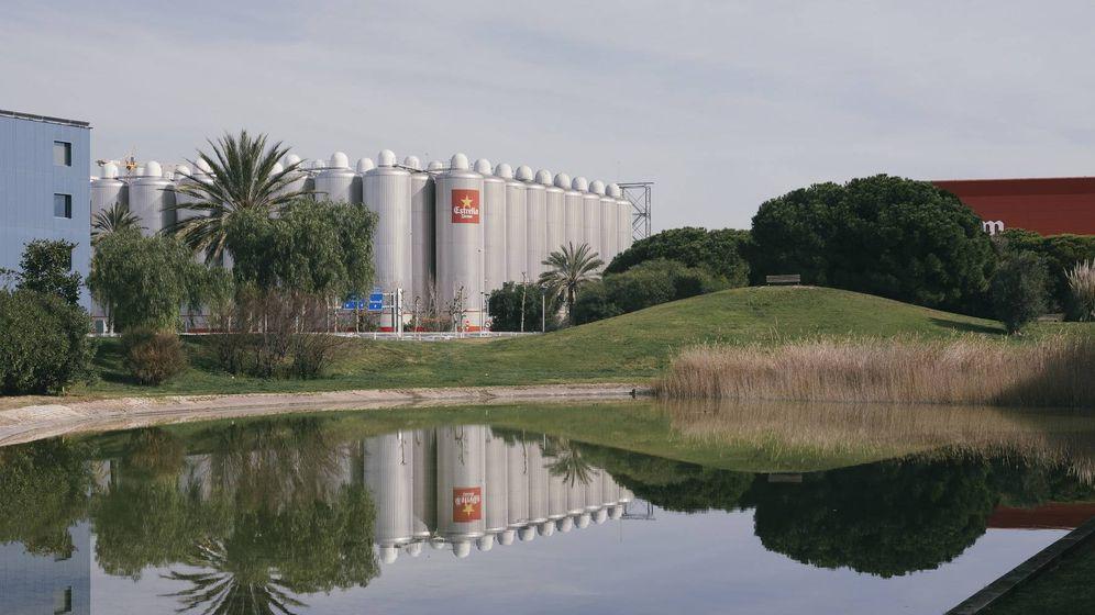 Foto: Fábrica de Damm en El Prat Llobregat, en Barcelona.