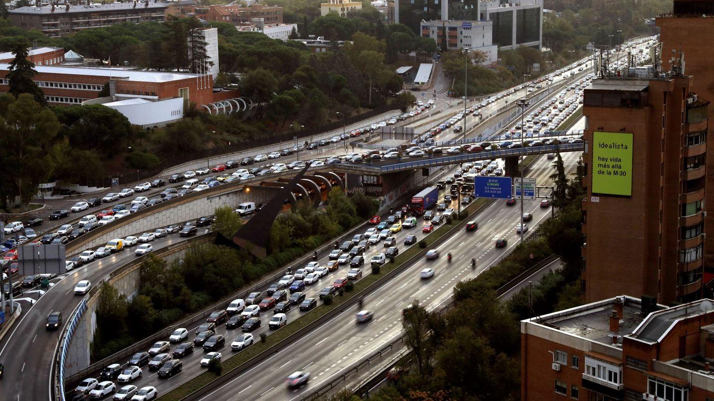 Vista de la carretera M30 de Madrid.(EFE)