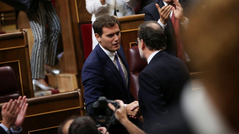Rivera aprovecha la debilidad de Rajoy para apuntalar y condicionar la legislatura