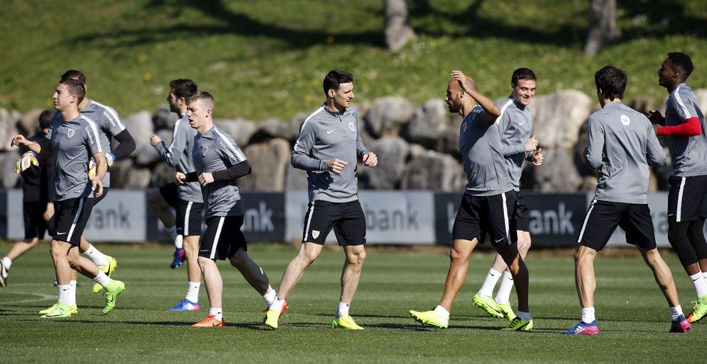 Foto: Un entrenamiento del Athletic en Lezama. (EFE)