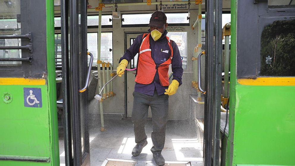 Devuelven desde León a Madrid a dos viajeros de autobús con coronavirus