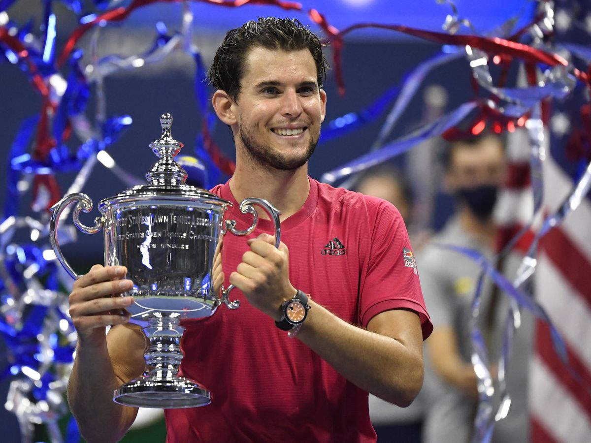 Foto: Dominic Thiem levanta su primer Grand Slam. (Reuters)