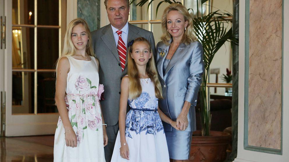 Conoce a Carlos, Camilla y sus dos hijas: la rama italiana de los Borbón Dos Sicilias