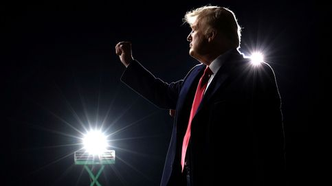 Trump carga contra miembros de su partido en el primer mitin después de las elecciones