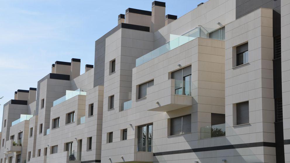 Tipos, sueldos... comprar una vivienda en España, más accesible que nunca