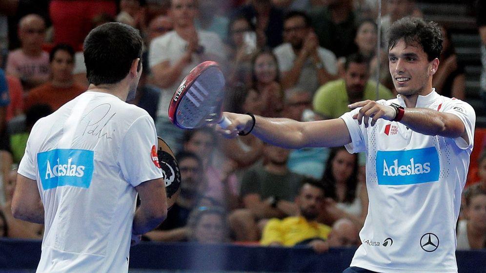 Foto: Pablo Lima y Alejandro Galán celebrando un punto (EFE)