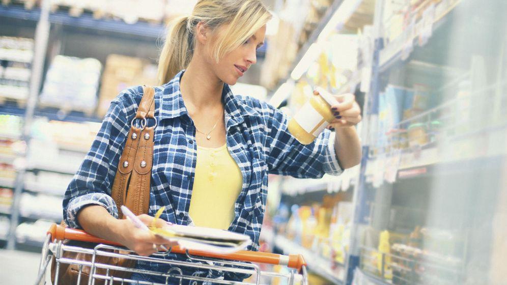 Foto: Siempre es una buena costumbre mirar qué contienen los alimentos que compras. (iStock)