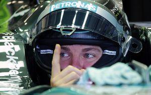 Mercedes vibra en la primera sesión con Rosberg por delante