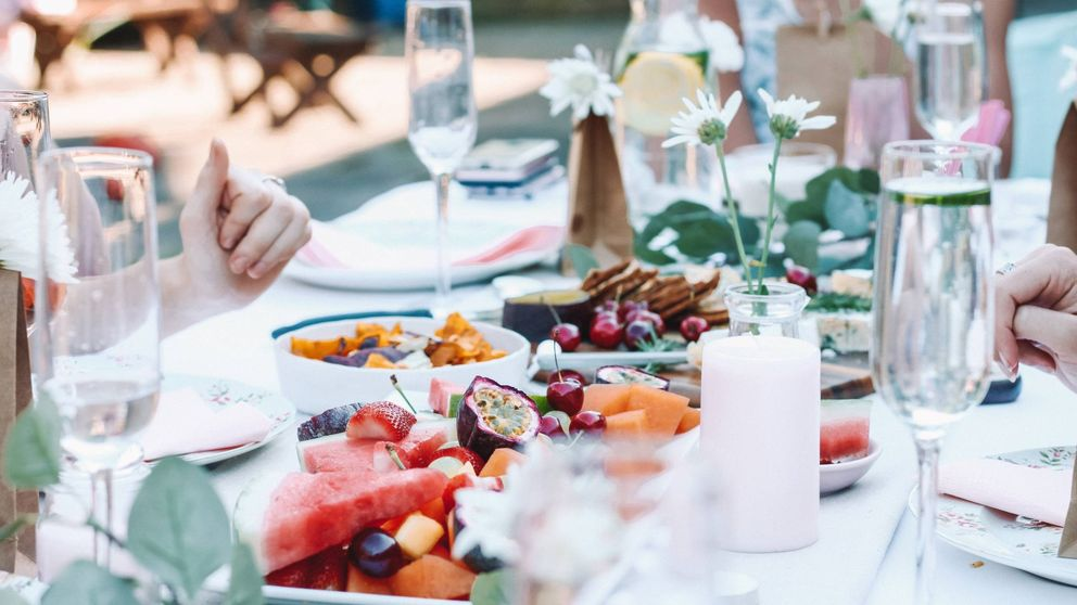 Zara Home lanza la vajilla que necesitas para una cena elegante en su nueva colección