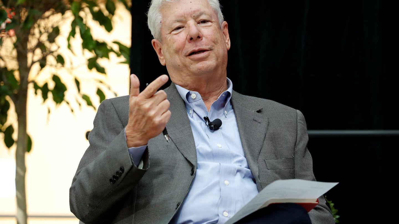 Richard Thaler, en la Universidad de Chicago, durante una conferencia tras recibir el premio Nobel de Economía. (Reuters)