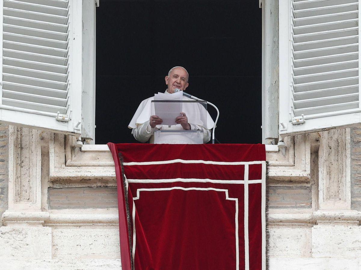Foto: El Papa Francisco, durante el rezo del ángelus. (EFE)
