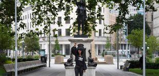 Post de Sustituyen la estatua de un esclavista por la de una activista de Black Lives Matter