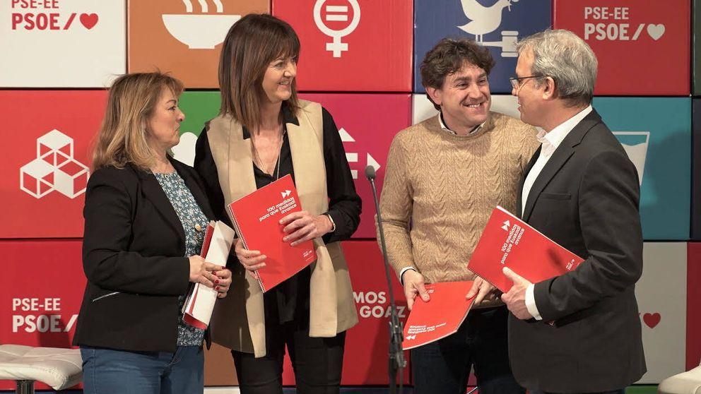 PSE matiza la alusión a la nación vasca y borra el acercamiento de todos los presos