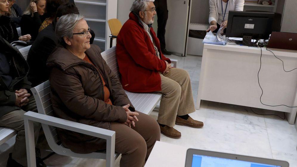 Foto: La Audiencia Nacional juzga a los grapo José Antonio Ramón Teijelo y María Victoria Gómez. (EFE)