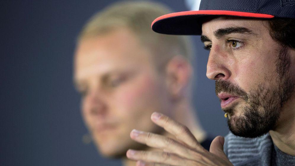 Foto: Fernando Alonso en la rueda de prensa previa al GP de Abu Dabi. (EFE)
