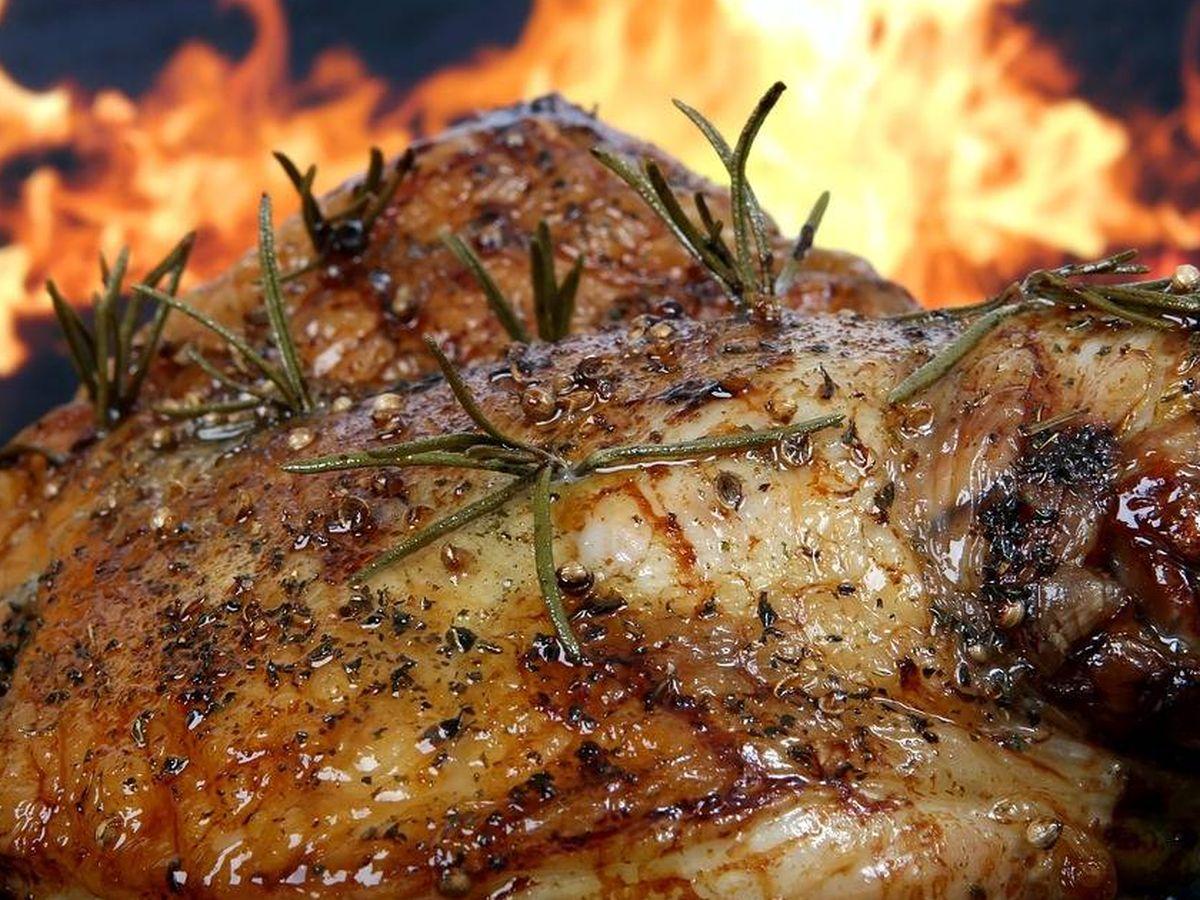 Foto: Muslos de pollo a la barbacoa. (Pixabay)