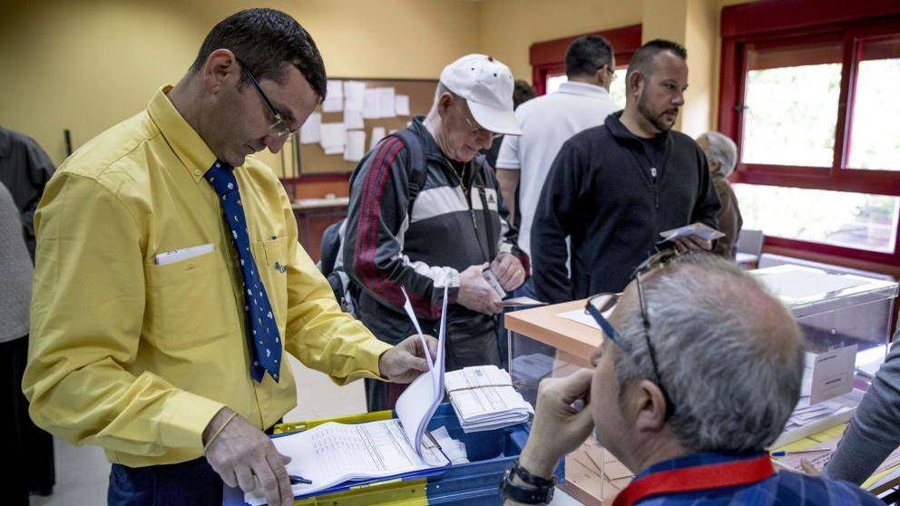 Elecciones andaluzas: plazos para votar por correo desde España, el extranjero o alta mar