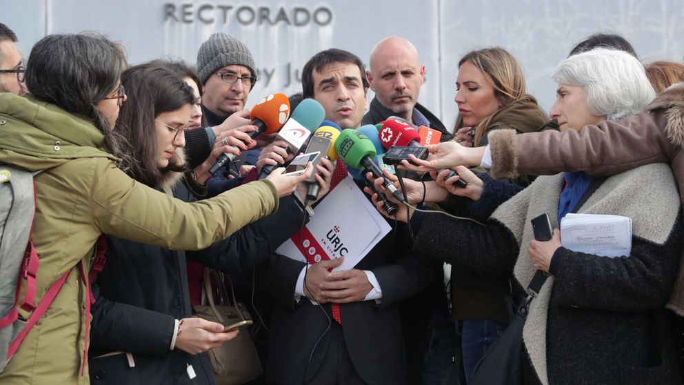 La URJC suspende de sus funciones al director del máster de Cifuentes
