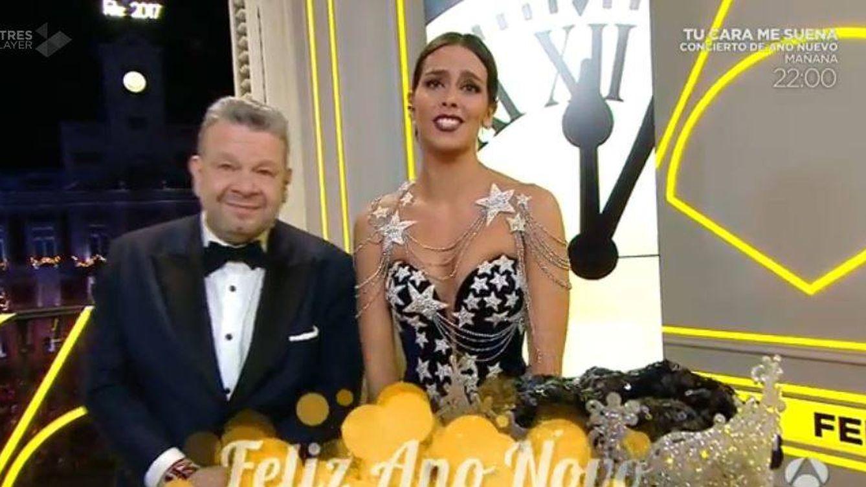 Foto: Cristina Pedroche junto a Alberto Chicote en las Campanadas de Antena 3