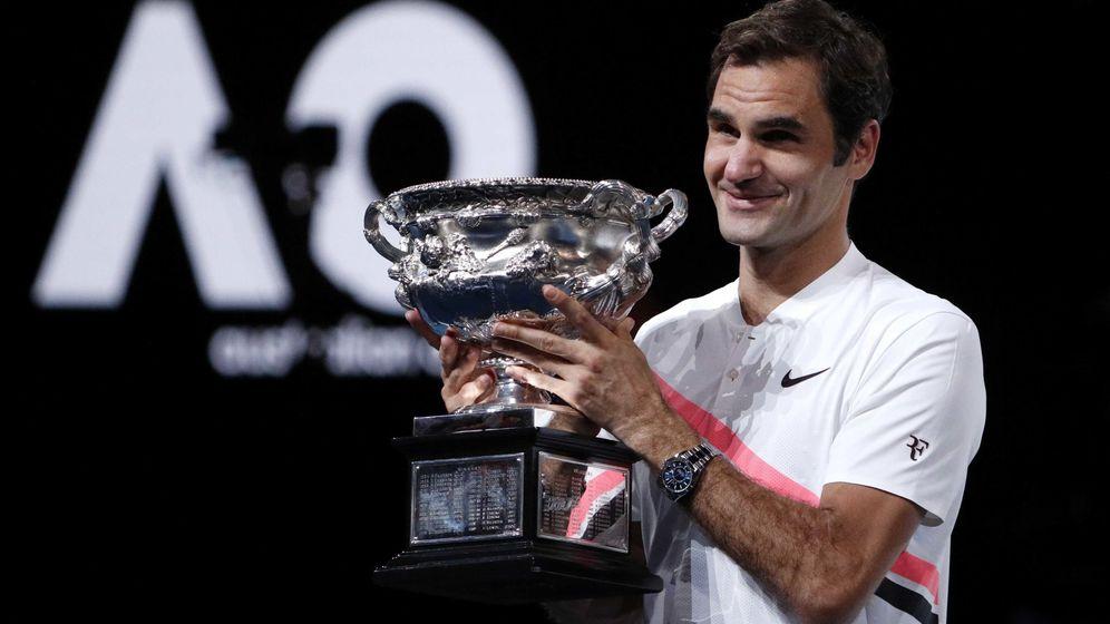 Foto: Es la segunda vez en su carrera que Federer revalida el título del Open de Australia. (Reuters)