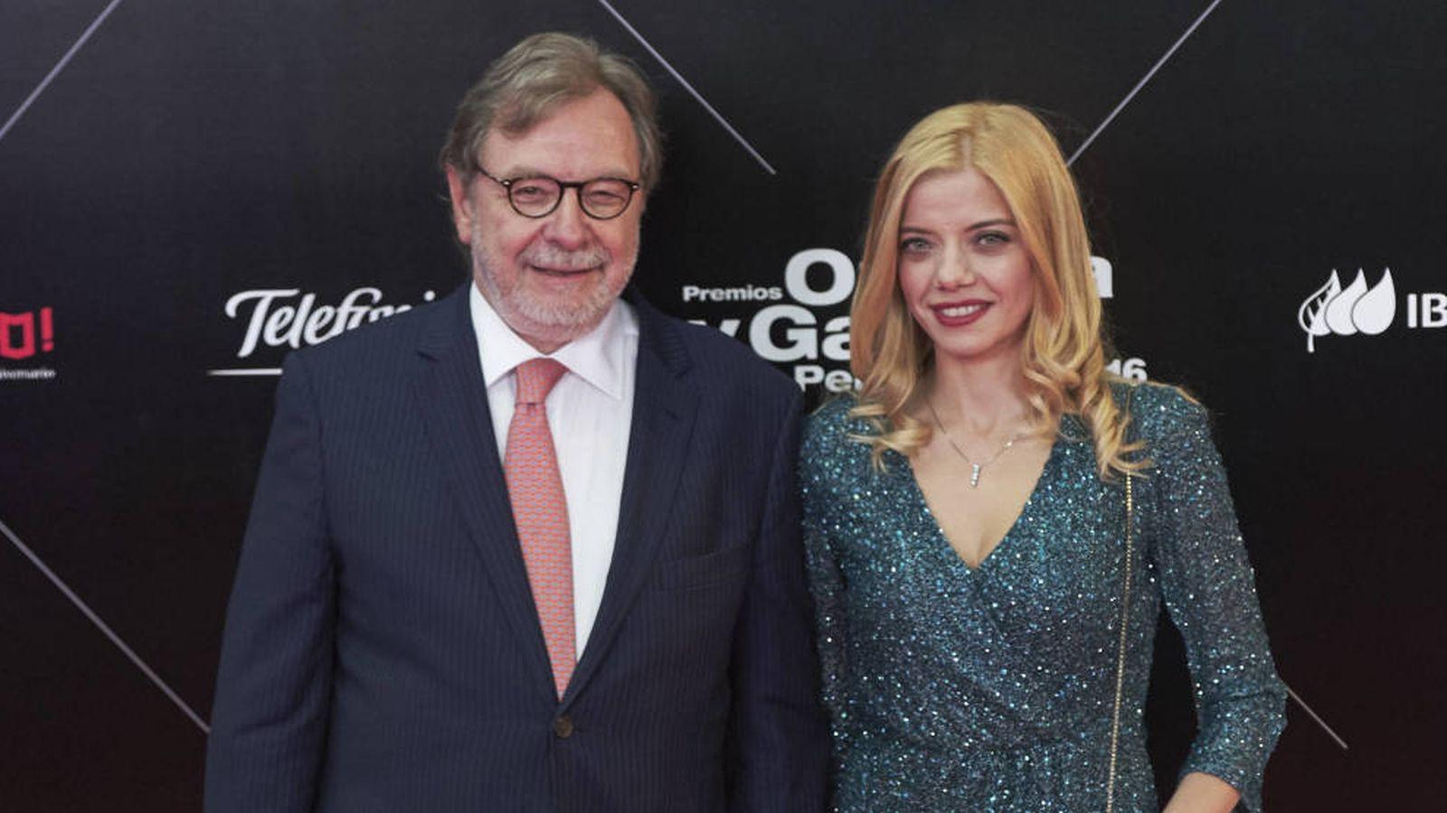 Foto: Juan Luis Cebrián y su mujer. (Getty)