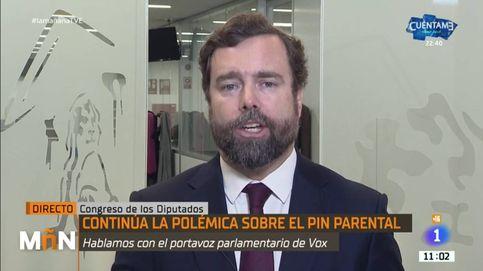 Espinosa de los Monteros, acorralado en TVE por las mentiras sobre el pin parental