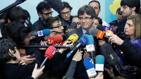 Las dos caras de Puigdemont: combativo ante las bases y hundido en sus mensajes