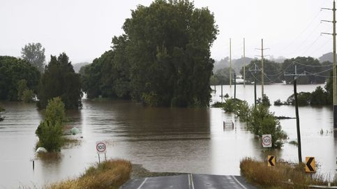 Miles de evacuados y 35 zonas aisladas por las inundaciones en Australia