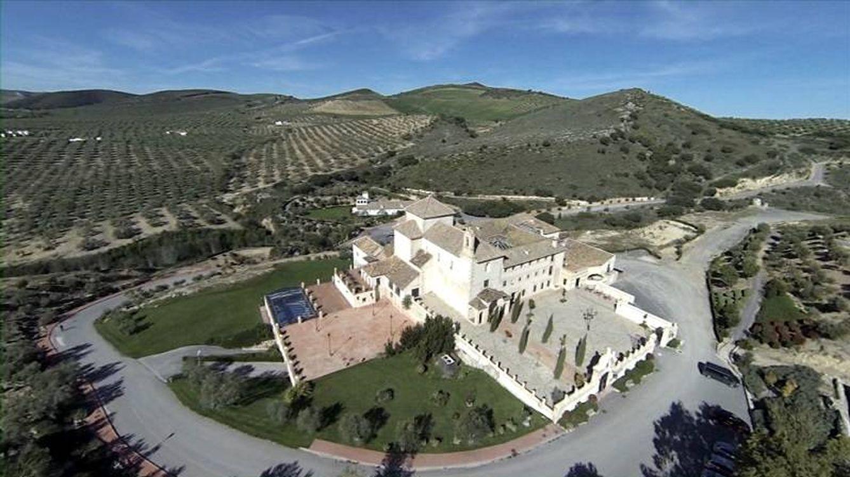 La conservera Alsur firma la paz con Sando para desbloquear 450 chalés en Málaga