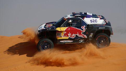 Carlos Sainz se despide definitivamente del Dakar entre la escabechina de las motos