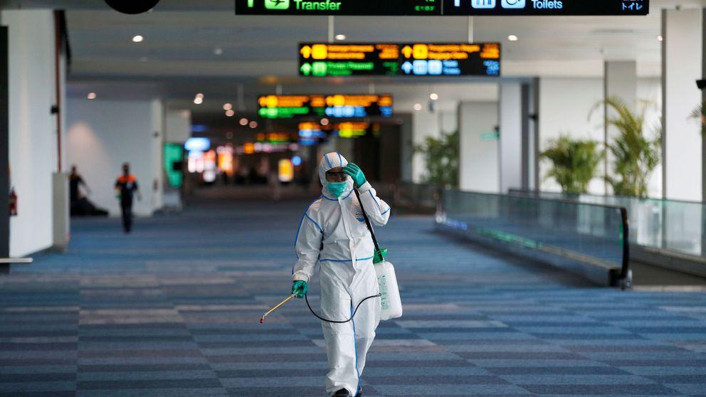 Españoles (tirados) por el mundo: la odisea de volver a casa en el 'planeta coronavirus'