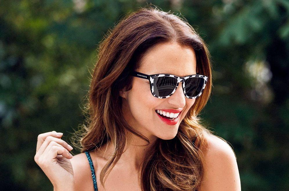 Foto: Paula Echevarría en una campaña de gafas de sol. (Hawkers)
