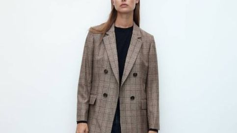 La blazer de Massimo Dutti que triunfa como básico elegante