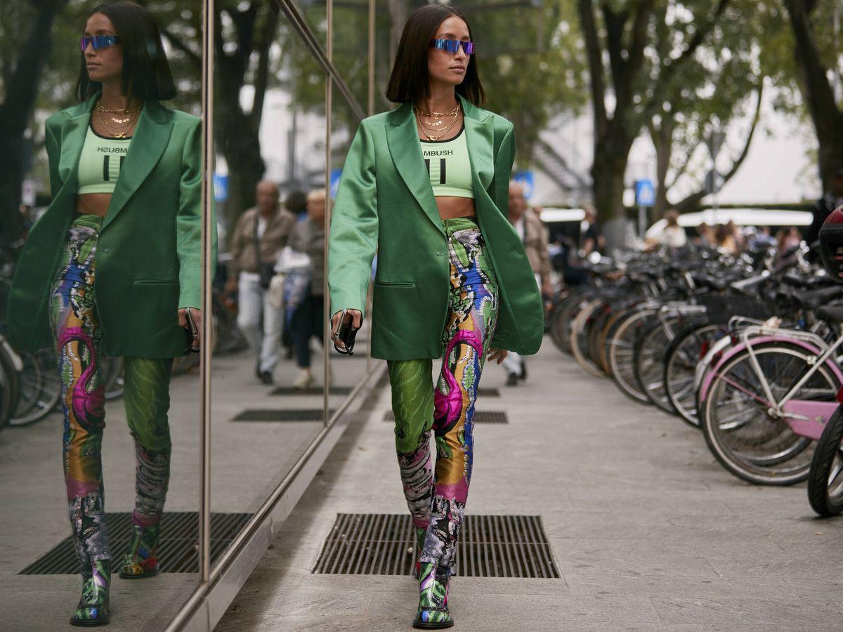 Foto: Una insider con sus mallas en print multicolor. (Imaxtree)