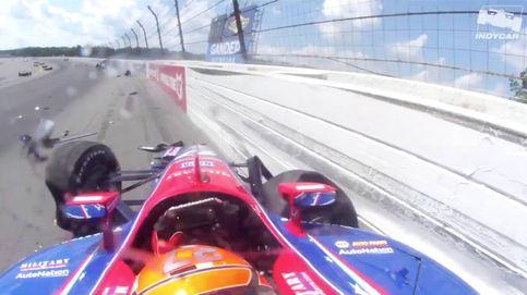El brutal accidente en la Indy: varios coches involucrados en un golpe en cadena