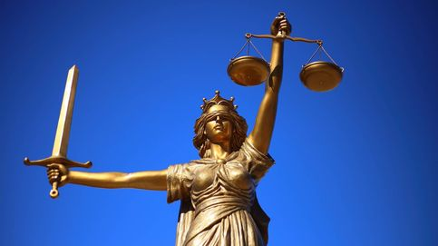 La politización de la Justicia en España, por activa y pasiva