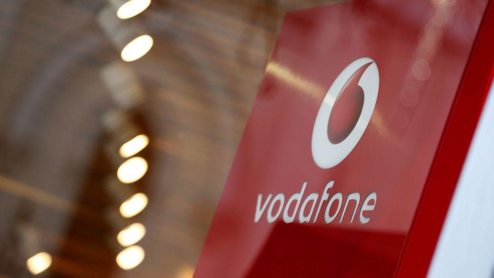Foto: Una de las oficinas de Vodafone en Madrid. (EFE)